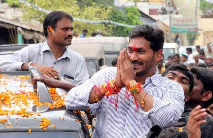 telugu desham party chandrababu nayadu adopts hindutva politics to beat jagamohan reddy YSR Congress - Satya Hindi
