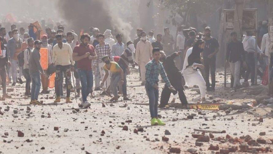 Mosque attack in Delhi riots - Satya Hindi