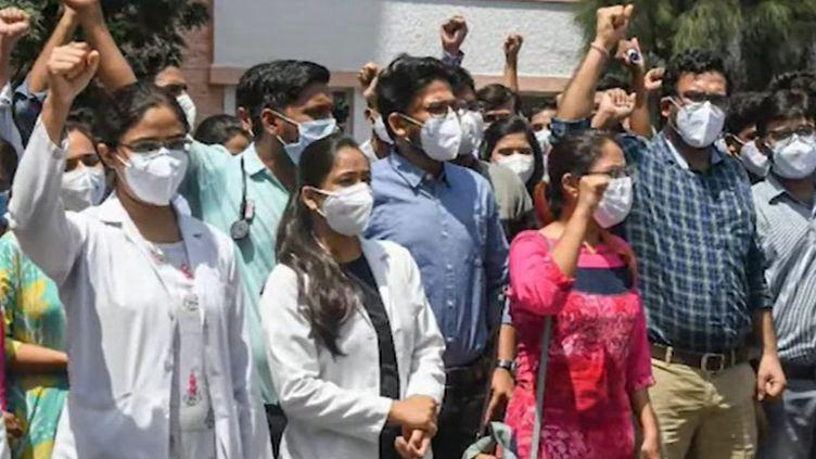 Junior doctors strike in madhya pradesh ends - Satya Hindi