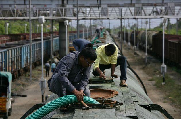 Water train to ferry drinking water to chennai - Satya Hindi