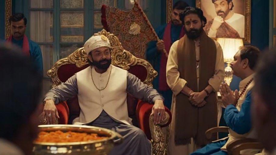 web series ashram 2 review - Satya Hindi