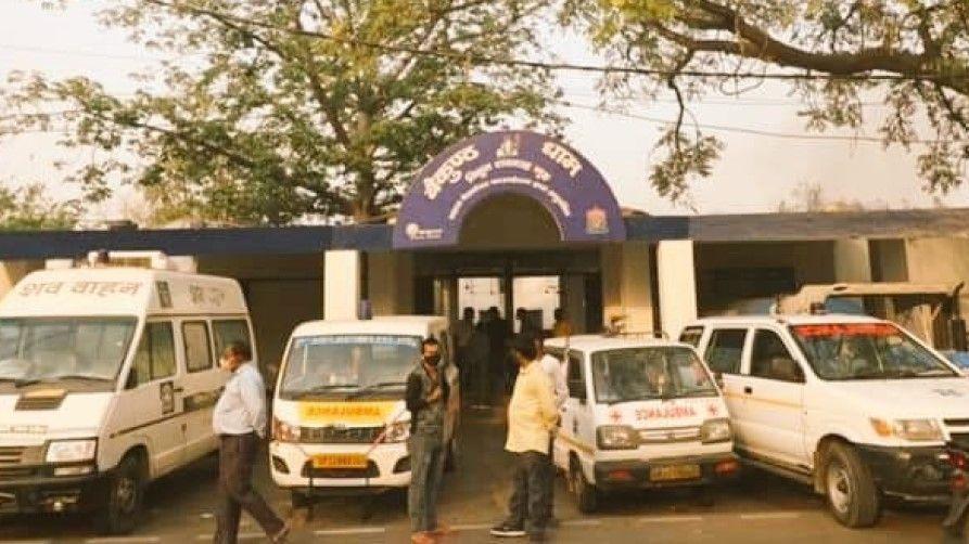 Delhi Crematoriums full due to covid death - Satya Hindi