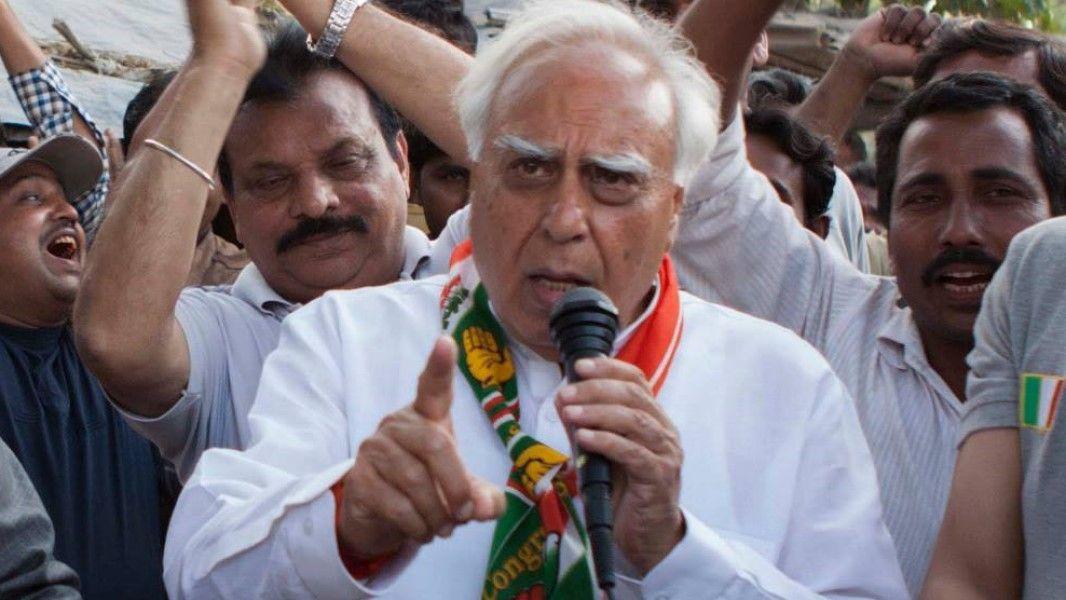 Congress Needs Major Surgery Veerappa Moily said - Satya Hindi