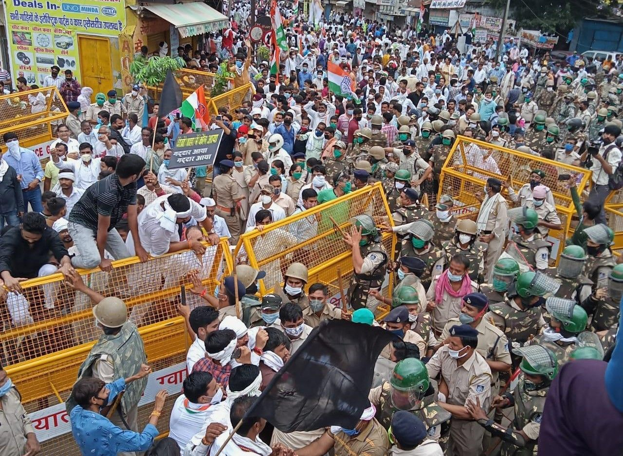 Corona protocol flouted in jyotiraditya scindia mega show - Satya Hindi