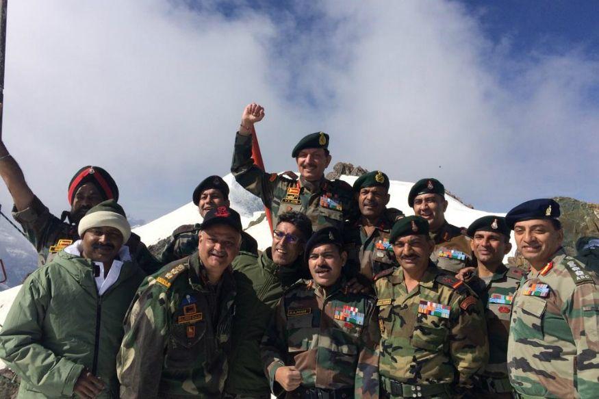 kargil martyr vikram batra turned down merchant navy job to join army - Satya Hindi