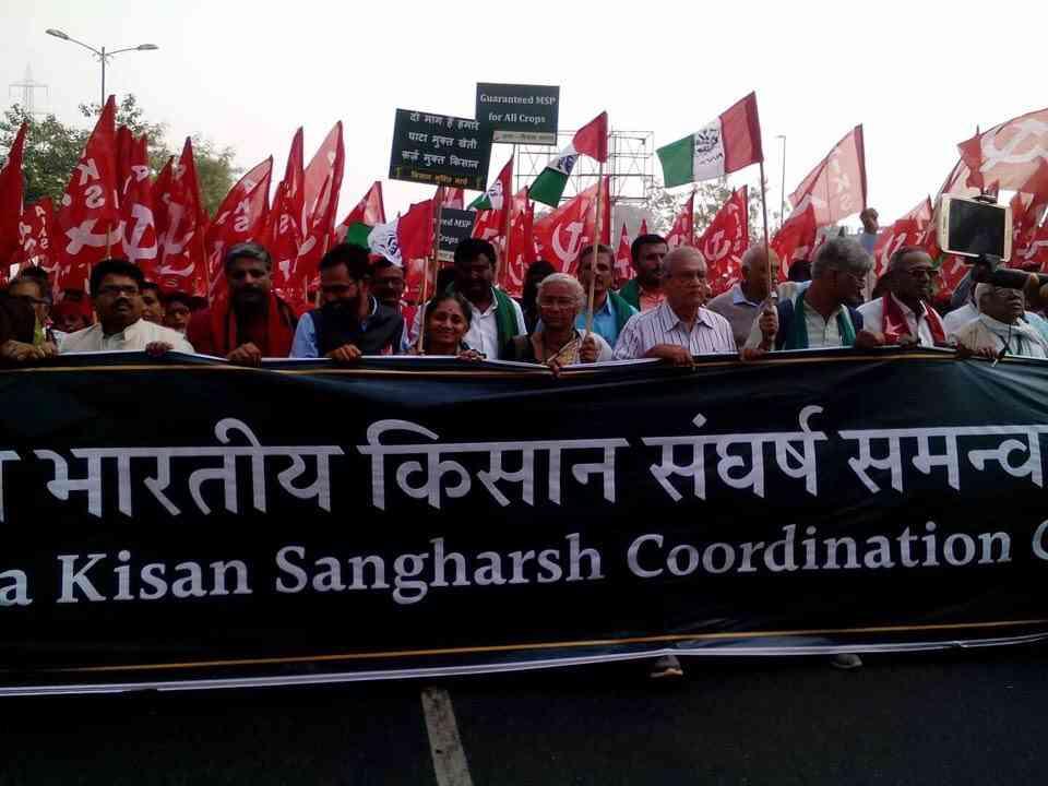 farmers reach delhi, will move towards ramlila maidan tomorrow - Satya Hindi